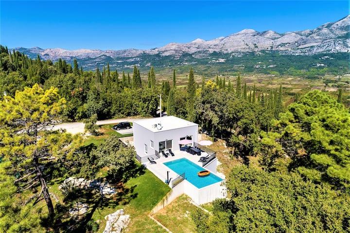 Villa Splendor, new modern, near Dubrovnik, 5 bdrm