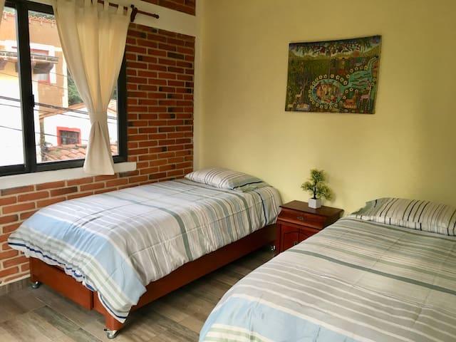 Recamara de 2 camas individuales