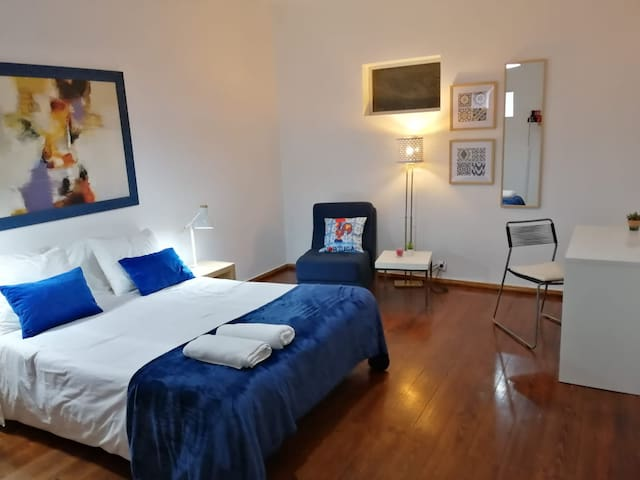 Spacy Room in Lisbon