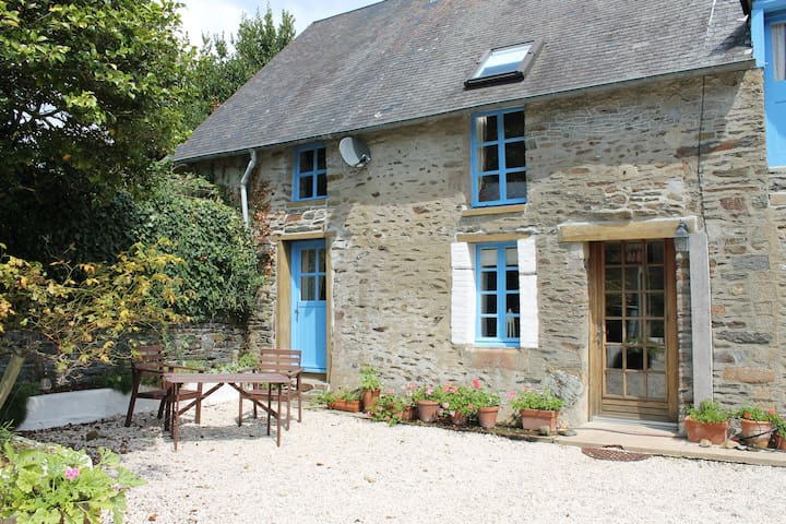 Quaint house in a beautiful hamlet - Huisnes-sur-Mer - Talo