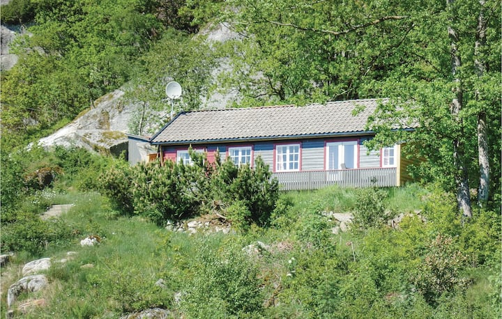 Stunning home in Lindesnes with 3 Bedrooms