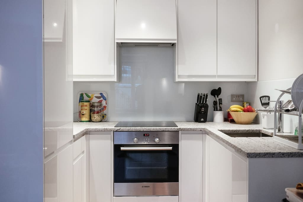 Fully equipped kitchen and cooking facilities, utensils'