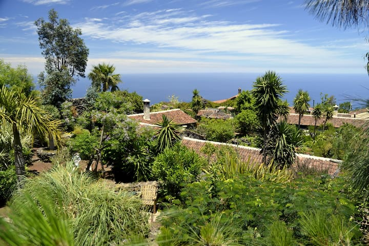 Garden of Eden, Finca El Lance, Casa Emblematica - El Tanque - House