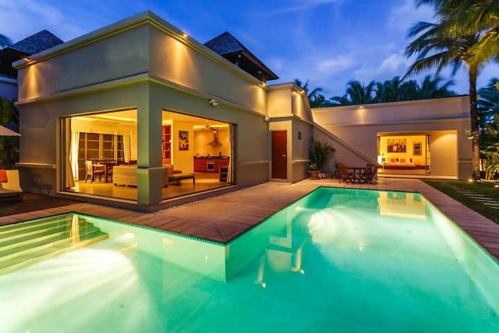 Private pool villa in The BangTao Residence
