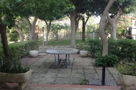 CASA A DAVOLI CON BELISSIMO GIARDINO - House
