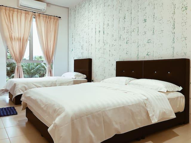 Bamboo green room with bathroom