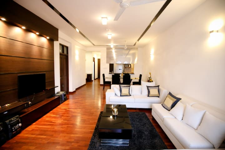 Apartment with sea view & in the heart of Colombo - Colombo - Apartament