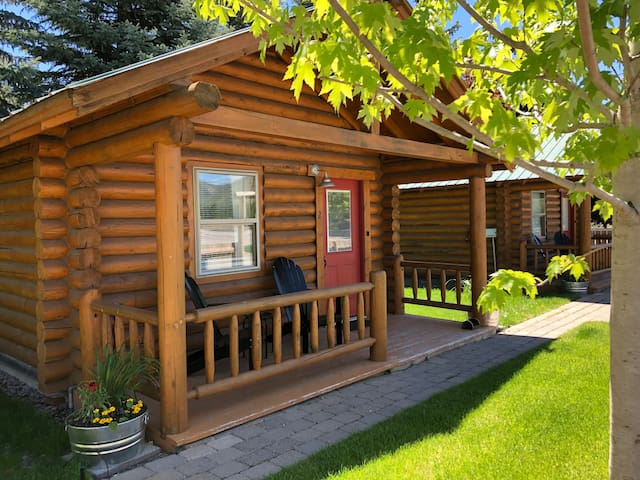 Your own little log cabin! Long Horse Ranch #2