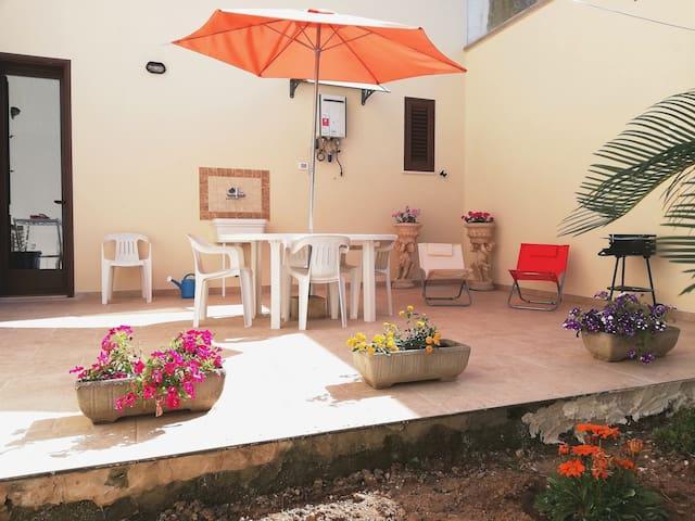 BILO con giardino a 4km da Otranto. 5posti