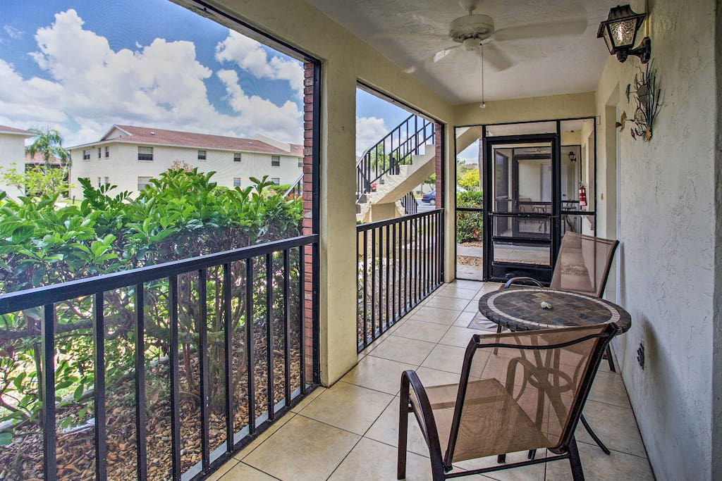 Unwind on the condo's private screened-in veranda during your downtime
