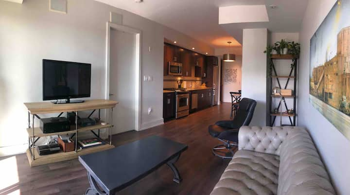NEW! - Luxury Condo in the Heart of Little Italy