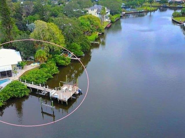 Paradise Found Near Siesta Key Beach - Sarasota - Talo