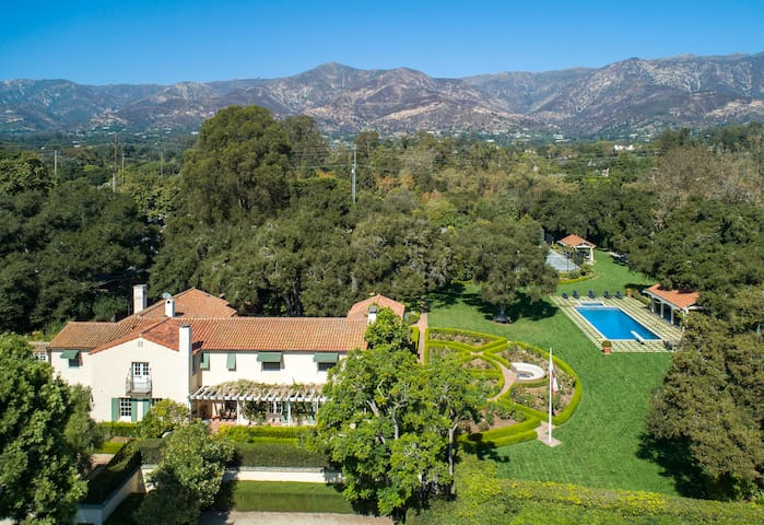 Newly Remodeled 2 Acre Montecito Estate Near Beach