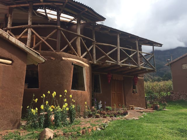 Mallky Wasi country house in peaceful Pisac area