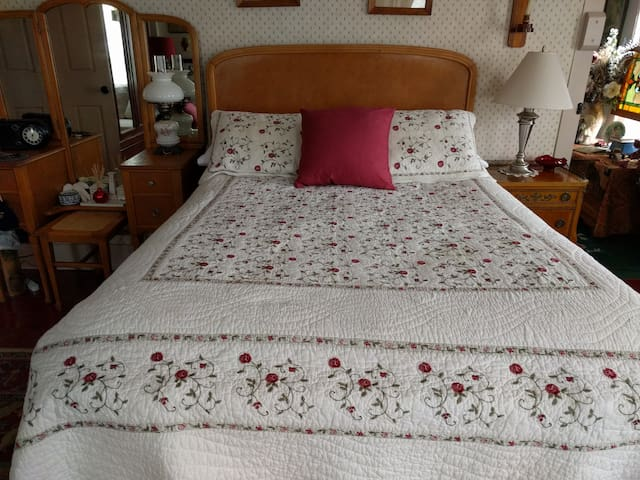 Red Room with antique double bed and great mattress!