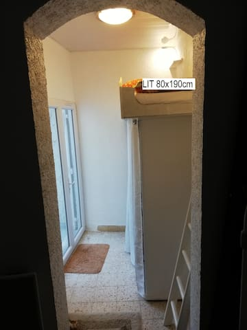 chambre 3 pour 1 personne