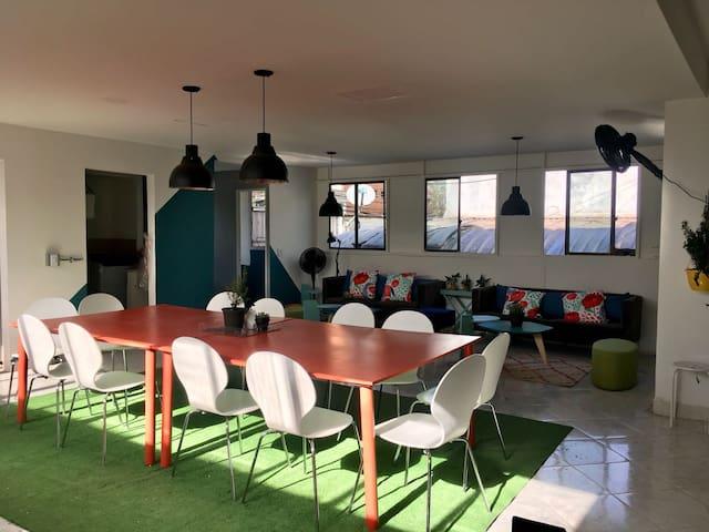 Cozy room in digital nomad spot, fiber internet #4