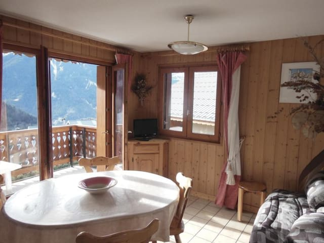 CHAMPAGNY - 6 pers, 38 m2, 3/1