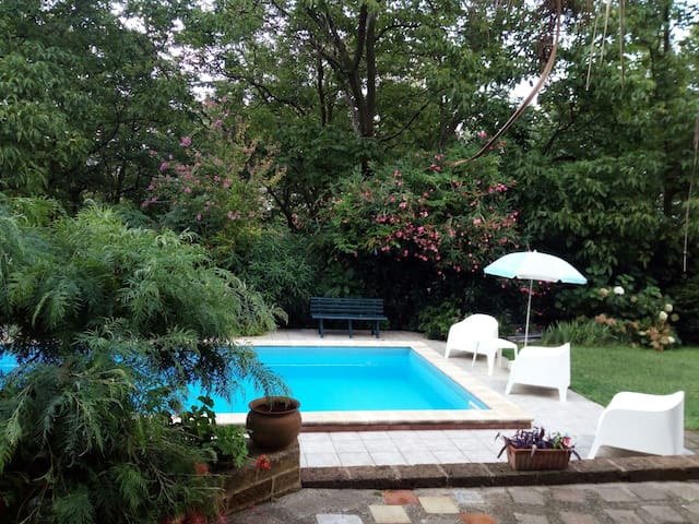 Holiday House*Room with garden view  and  pool
