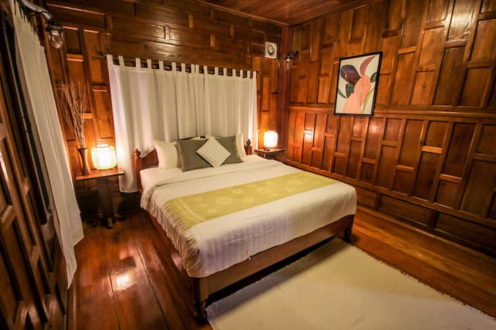 Krabi Onsen Guesthouse (Thai Traditional Style) R1