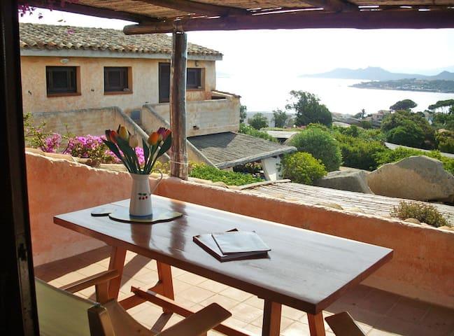 La Quercia. Porto Rafael - Punta Sardegna - Apartment