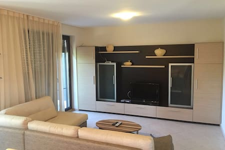 Silver Star.  Apartment 110 m2 in 5 min to the sea