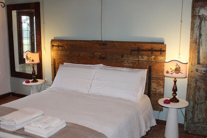 Bed & Breakfast Corte Zen Hemingway Room | Adria