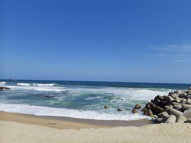 ♥나니네집♥ 경포해변, 안목 커피거리와 가까워요. (투룸) 넓고 깨끗한 곳에서 휠링하세요ㆍ