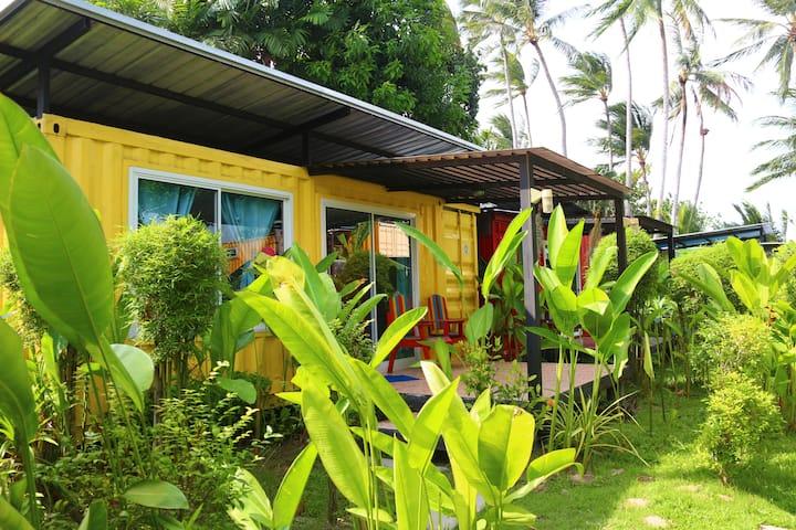 THINK & Retro Cafe Lipa Noi -Garden Cottage [Y]