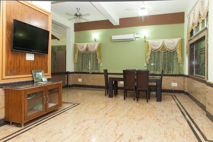 Posh Penthouse in Bangalore - Madison's Suites