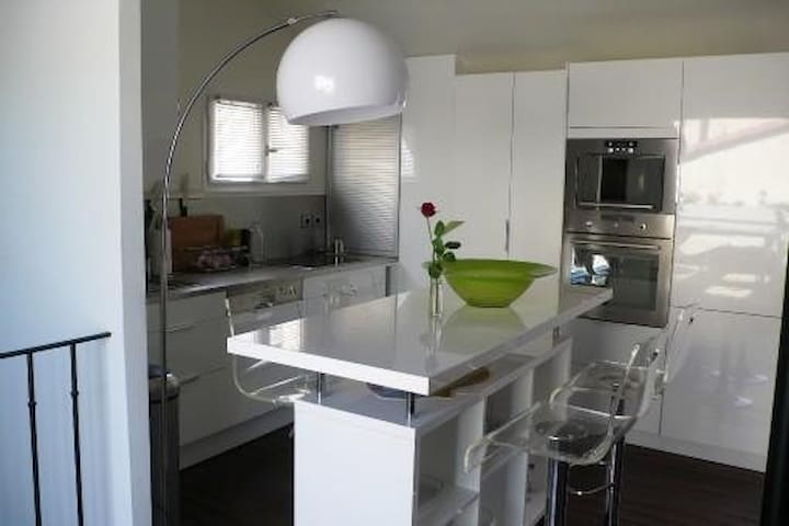 Maison 6 personnes avec garage et terrasse - Collioure - Dom