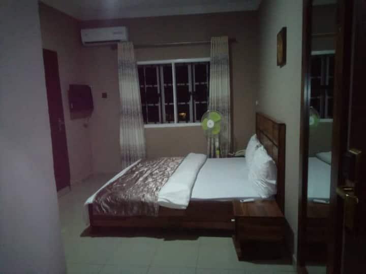 Momak6 Hotel((Executive)