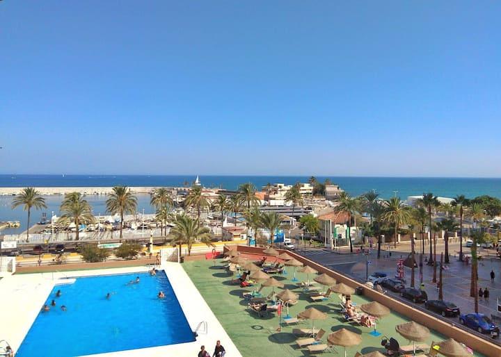 Apartamento 1° línea de playa (Fuengirola, Málaga)