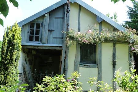 Maisonnette de charme à la campagne proche Giverny