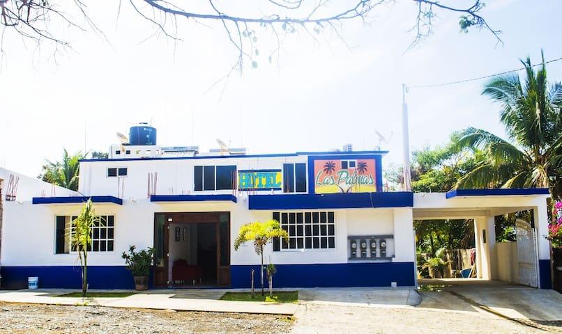 Hotel Las Palmas en Caleta: Habitación Privada 1