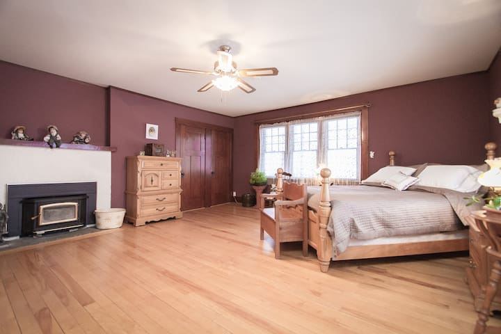 This bedroom is the biggest one of all and the queen size bed can sleep 2 people.