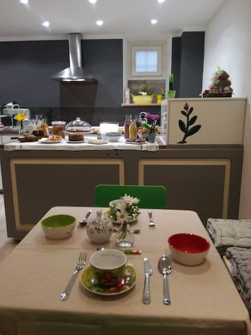 Stanza singola privata in centro a Foligno Lilli