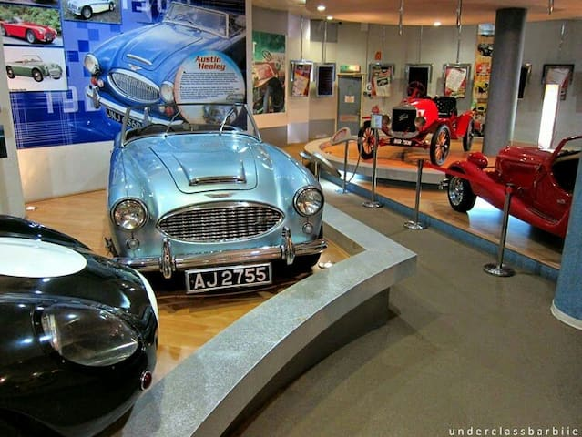 Nearby: National Automobile Museum (pic from Google Image)