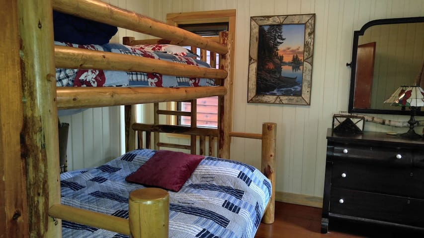 White Birch Retreat bedroom #2 - Twin over full bed.