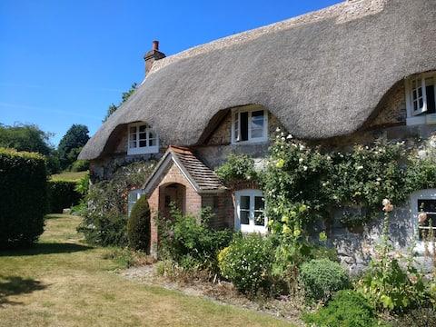 The Cottage, 41, The Dene, Lockeridge