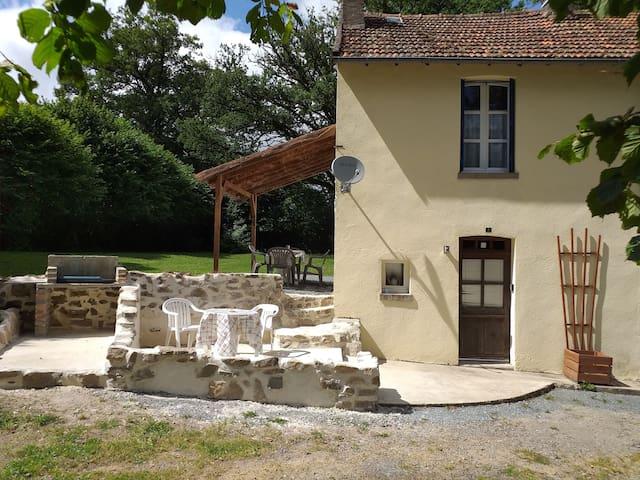 Petit Beau Cottage