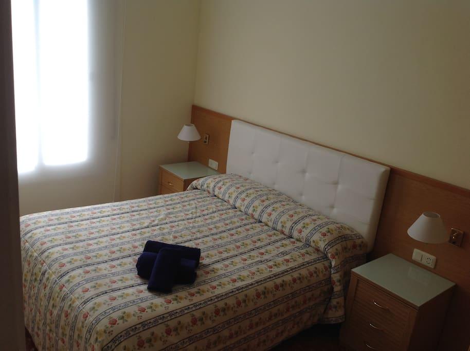 Piso completo a 20 39 de barcelona appartementen te huur - Amueblar piso completo barcelona ...