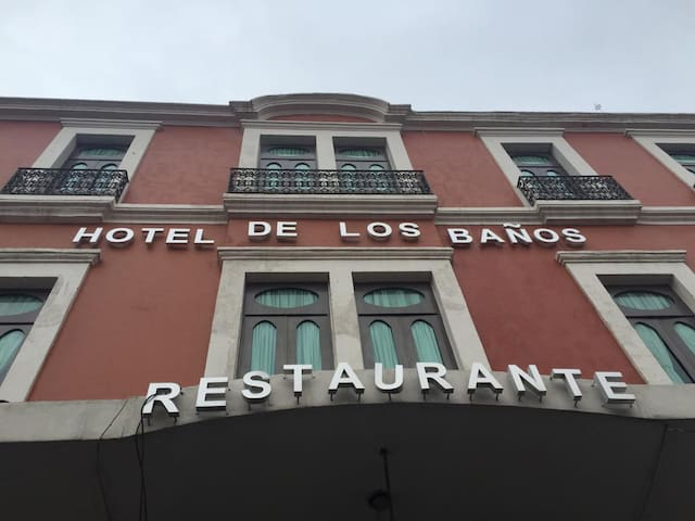Hotel de los baños