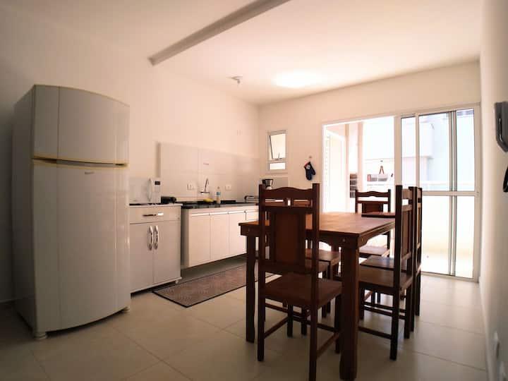 Apartamento a poucos metros da praia Pereque Açu