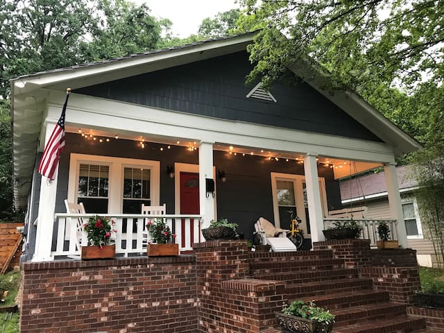 Cozy Bungalow, walking distance to Coolidge Park