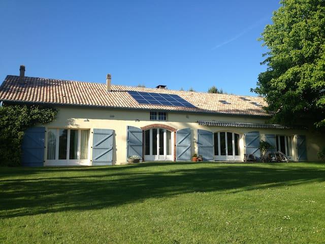 Grande ferme rénovée avec piscine - Rivière-Saas-et-Gourby
