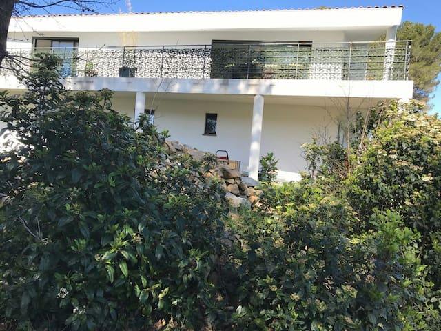 Villa au coeur de la Provence - Peypin