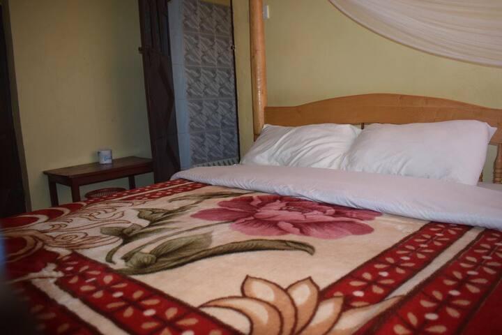 Hakuna Matata Tourist Hotel Rooms