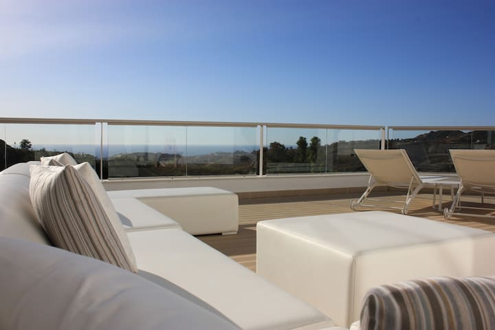 New 3 bedroom property in La Cala Golf Resort