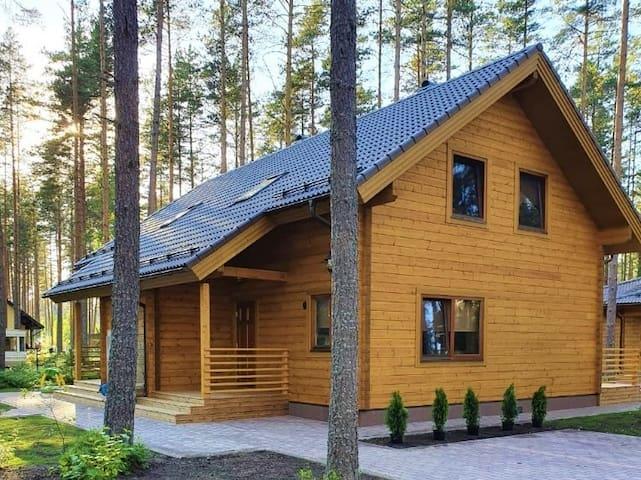 Splife cottage